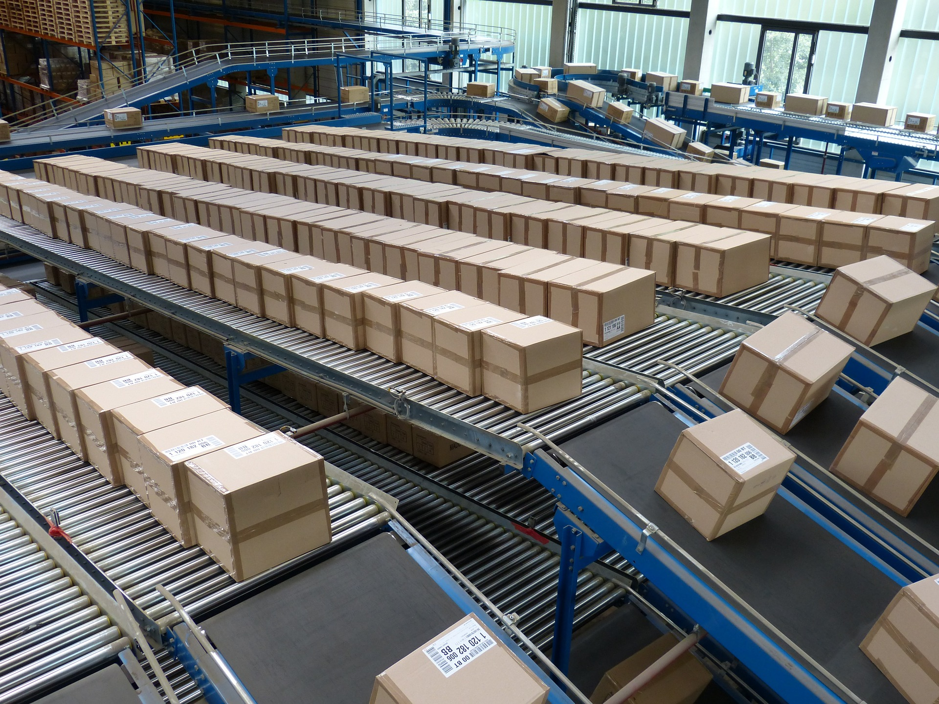 warehouse-conveyor